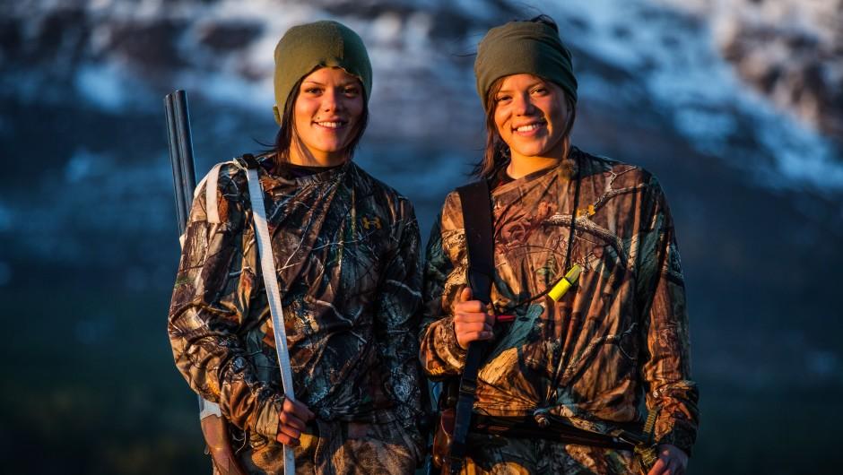 Prikk like: Johanna og Kristine (foto: TVNorge)